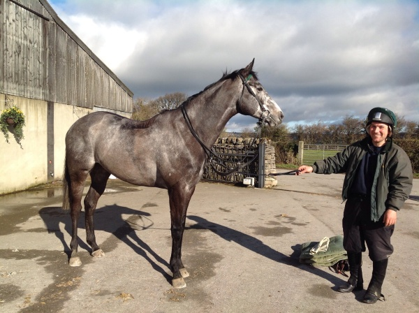 High class flat recruit, Eltheeb looking great