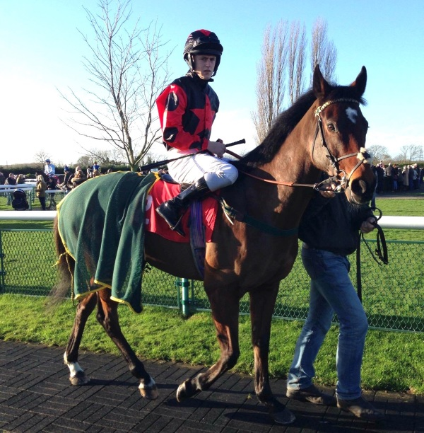 Ross Turner on Mac Tiernan at Southwell today for Faye Stephenson and Ben Lapham.